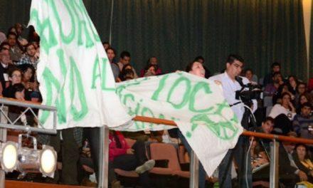 Reclamaron contra el uranio en el congreso de áreas protegidas y frente al gobernador