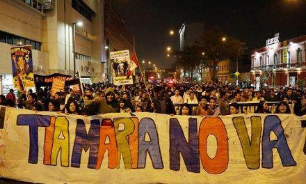 Miles de personas en Lima protestaron contra proyecto Tía María