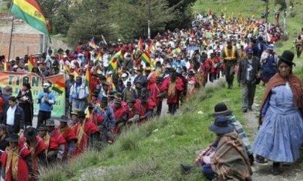 Se hace la primera consulta previa para explotación minera en Bolivia