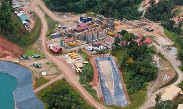 Gobierno panameño notificó a Petaquilla que pierde la concesión minera