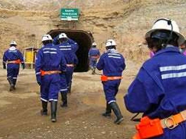 Minera Santa Cruz espera el fin de la conciliación para despedir personal