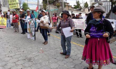 Protestas contra la minería en Quito