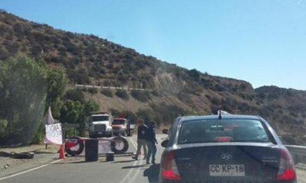 Vecinos de Andacollo bloquearon la ruta en protesta por incumplimiento de mineras ante contaminación