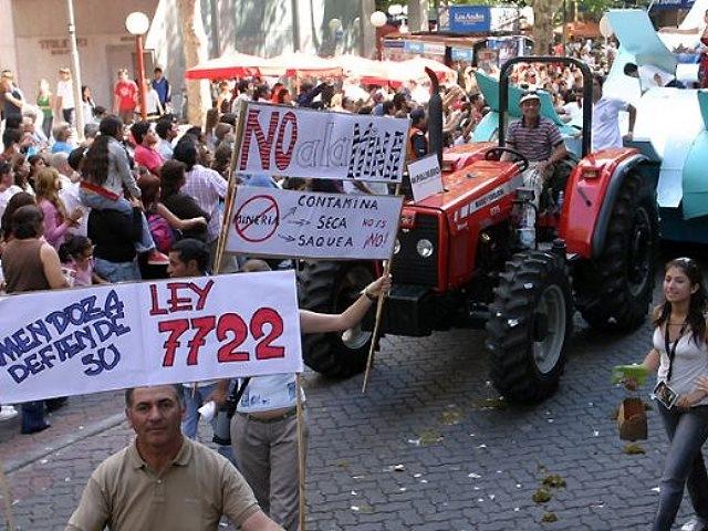 Asambleas de vecinos y ONG furiosos con el rechazo a la audiencia pública por la Ley 7722
