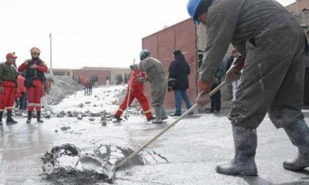 Derrame de desechos de ingenios mineros alarma en Potosí