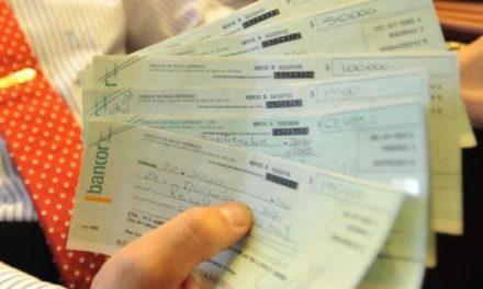 YPF paga $44.000 a chacareros «por las molestias» de sus derrames