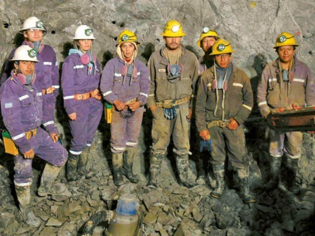Despidos en mina Casposo encendien la luz de alarma en el sector minero y la sociedad