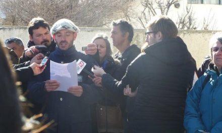 Vecinos de Esquel piden la renuncia de los integrantes de la Fiscalìa y juicio a todos los responsables