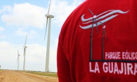 Venezuela cancela explotación carbonífera para generar electricidad y reimpulsará parque eólico en la Guajira