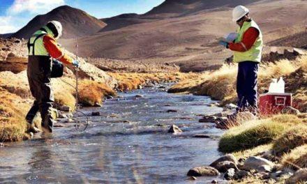 El agua de Jáchal está envenenada y sus vecinos, desamparados