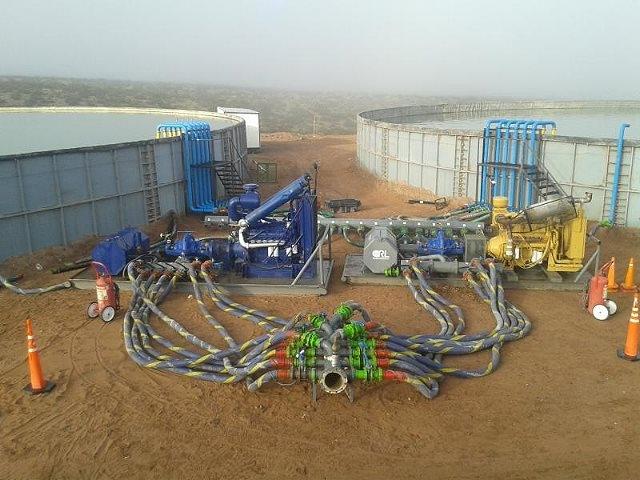 El camino de millones de litros de agua a los pozos de fracking