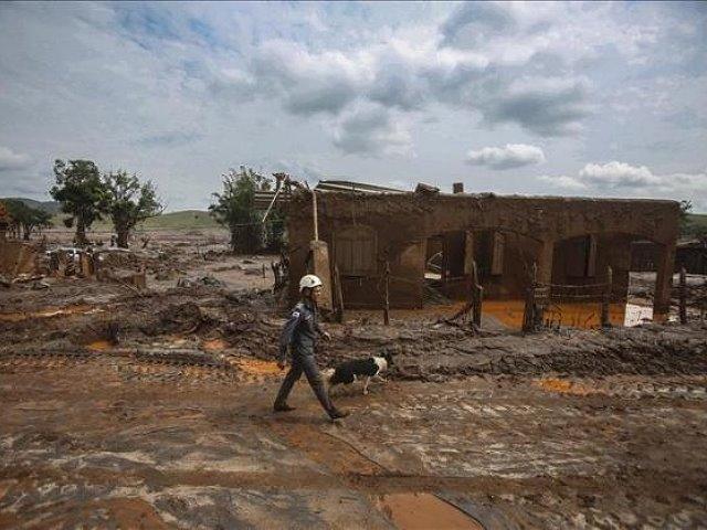 La justicia bloquea otros u$s78 millones a la minera por el vertido en Brasil