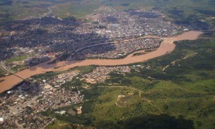 Brasil dió 24 horas a la minera Samarco para contener el avance del lodo tóxico
