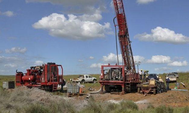 Personal de minera Aratirí aceptó oferta por despidos del nuevo socio inversor