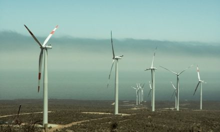 ¿U$S 16.000 millones para 2 centrales nucleares que generen 1.700 MW o mejor construir parques eólicos que produzcan 8.600 MW?