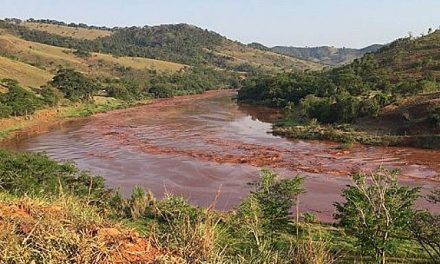 Los afectados por el accidente minero en Brasil se enfrentan a una crisis por el agua
