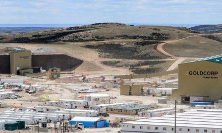 Presidenta argentina inauguró una mina de oro y plata y la planta de enriquecimiento de uranio