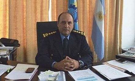 """Policía de Chubut con """"Grupos especiales de choque"""" para contener movilizaciones y enfocada en los chicos con capucha"""