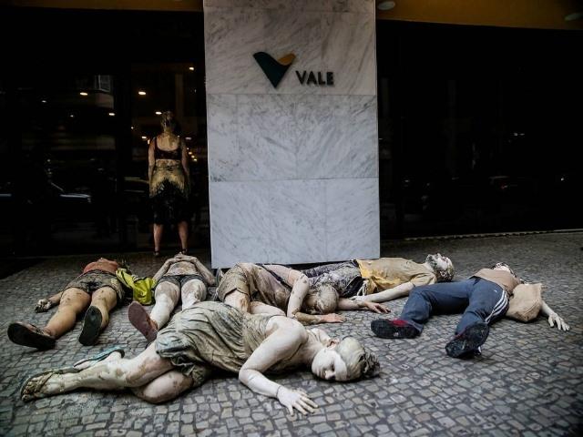 Máximos ejecutivos de minera que mató y contaminó en Brasil preparan sus defensas judiciales