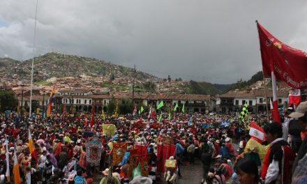 Miles de peregrinos devotos del señor de Qoyllurit´i llegan a Cusco y dicen no a la minería