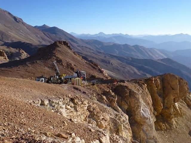 Barrick inicia exploración para nuevo proyecto minero en Chile