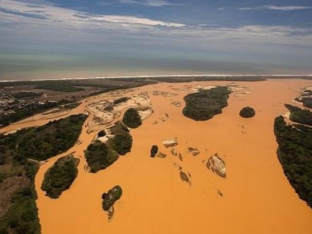 Brasil negocia la recuperación del río Doce, afectado por el grave vertido minero