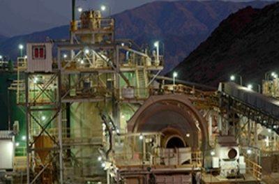 Compás de espera para el destino de 300 trabajadores de la mina Casposo
