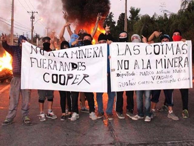 Barricadas y manifestación contra proyecto minero de Andes Copper con detenidos