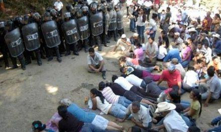 Corte guatemalteca suspende operación de mina por no haberse consultado a pueblos originarios