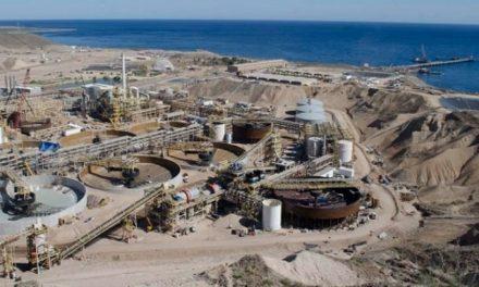 Minera El Boleo vierte aguas negras mas tóxicos mineros al mar