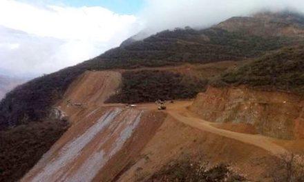 Pescadores de Cocula acuerdan tomar mina que rechaza indemnizarlos tras contaminar Río
