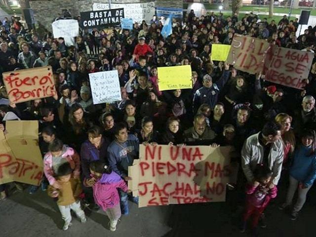 Justicia sanjuanina procesó a 9 directivos de Barrick Gold por derrame de solución cianurada