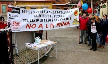"""Dicen en el Almendro """"no a la mina"""" de uranio de Retortillo y Villavieja"""