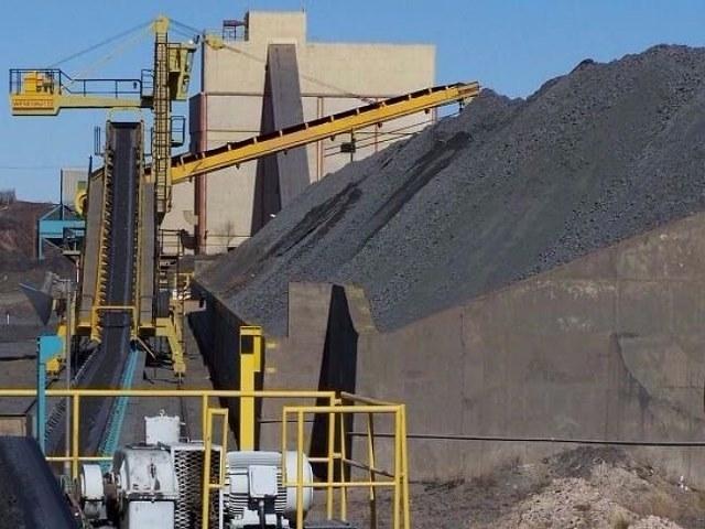 Río Negro se hace cargo de minera china para salvarla