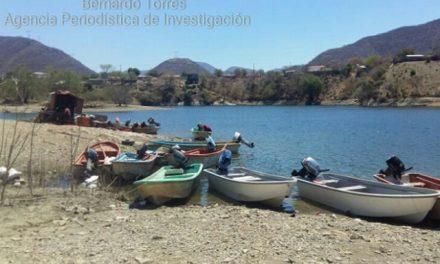 Pescadores afectados por contaminación minera de Torex Gold rechazan lanchas del gobierno