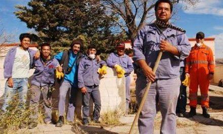 La minera MCC reincorporó a más 100 despedidos con la plata del estado pero los puso a limpiar veredas