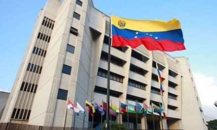 Venezuela se niega a pagar compensación de u$s 1 millón a minera canadiense