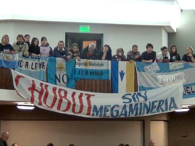 """Ciudadanos de Chubut le dicen """"No"""" a la megaminería"""