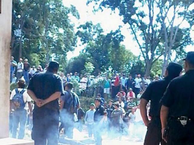 Minera Lampa se queja porque los pobladores de Paso Yobái quieren que se vaya