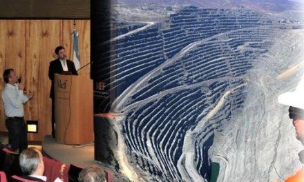"""Técnicos y empresarios mineros expusieron sobre """"Potencial Minero del Chubut, el uso del agua"""""""