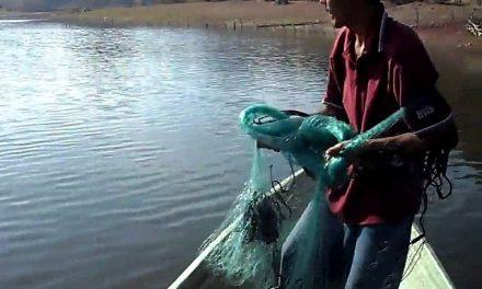Los pescadores afirman que aún no termina negociación con la minera