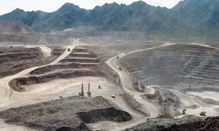Negligencia minera originó derrame de cianuro en Sonora