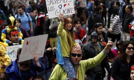 Diputados de Medio Ambiente aprueban proyecto de destrucción glaciar en Chile