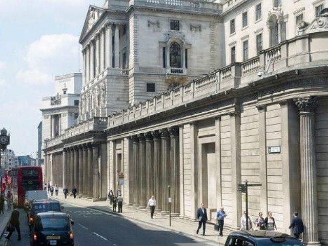 Londres: El oro sirve para sacarlo de la montaña y enterrarlo en las bóvedas de los bancos