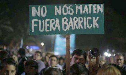 Foro de abogados contra el derrame minero en Veladero