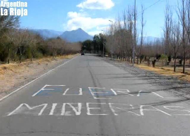 Asamblea Rioja Capital acusó a la UNLaR de pro minera