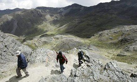 Detectan cinco concesiones mineras dentro del área del Santuario de Qoylloriti