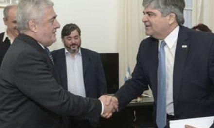 Das Neves quiere que profundizar la explotación de arenas silíceas en Chubut