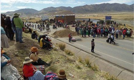 Pobladores del distrito de Orurillo protestaron en rechazo a la minería en Ayaviri