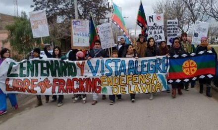 Marcha contra el fracking en el portal de Vaca Muerta